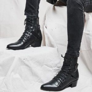 Modern Vice Leather lace up boots size 9